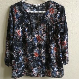 EUC AEO Long Sleeve Floral Blouse  Size: XS